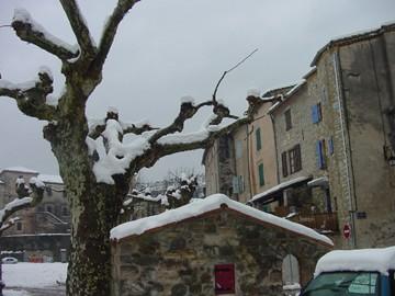 medium_060128-les-vans-sous-la-neige-luc-bretones-2-360.jpg