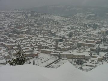 medium_060128-les-vans-sous-la-neige-luc-bretones-360.jpg